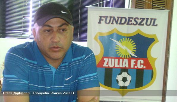 http://gradadigital.com/home/wp-content/uploads/2013/06/alberto_nino_valencia_zulia_futbol_club_12062013.jpg