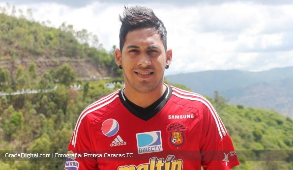 http://gradadigital.com/home/wp-content/uploads/2013/06/cesar_magico_gonzalez_fichaje_caracas_futbol_club_04062013.jpg