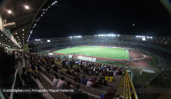 estadio_cachamay_venezuela_colombia_26032013