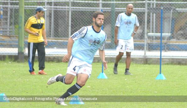 javier_gonzalez_atlvenezuela_entrenamiento_30062013