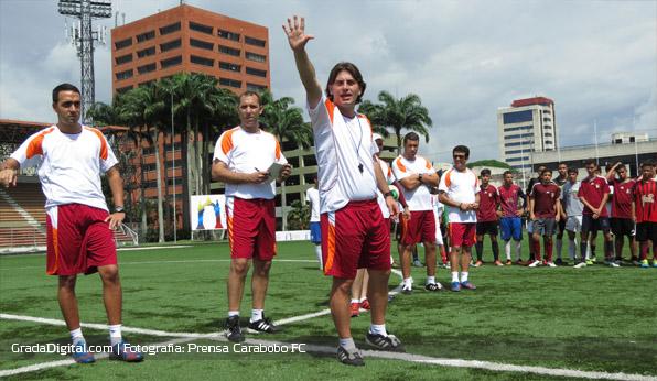 jhonny_ferreira_entrenamiento_carabobo_25062013