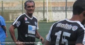 Juan García: «Buscaré aportar con mi experiencia y goles»