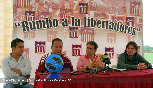 http://gradadigital.com/home/wp-content/uploads/2013/06/luis_padron_joel_tortolero_rafael_lacava_jhonny_ferreira_carabobo_futbol_club_06062013.JPG