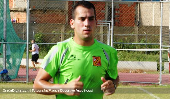 pablo_camacho_entrenamiento_anzoategui_27062013