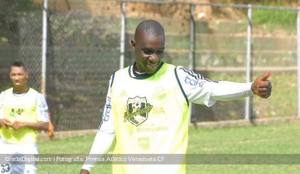 http://gradadigital.com/home/wp-content/uploads/2013/07/cristian_casseres_atletico_venezuela_pretemporada_14072013.jpg