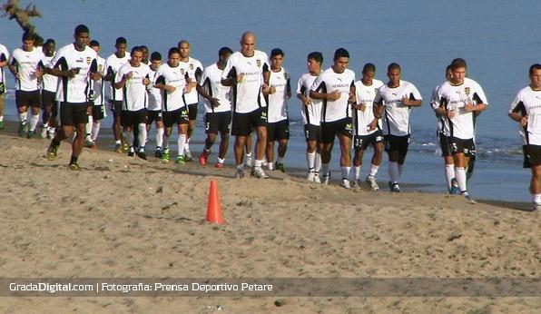 deportivo_petare_entrenamiento_03072013