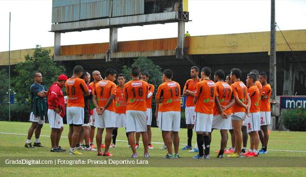 entrenamiento_cdlara_ecuador_28072013