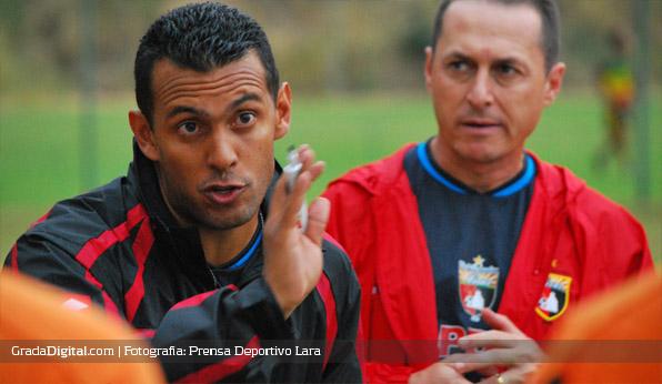 lenin_bastidas_entrenamiento_cdlara_ecuador_28072013_2