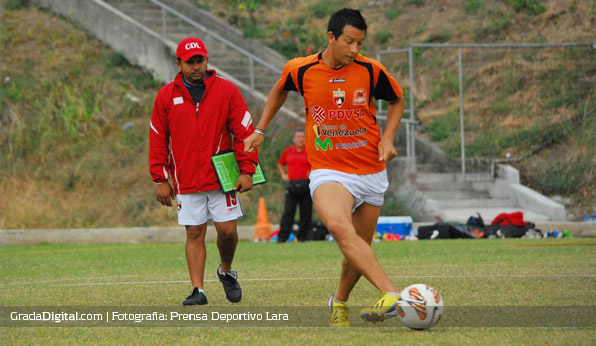 marcelo_maidana_entrenamiento_cdlara_ecuador_28072013
