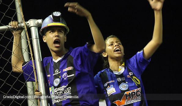 aficionados_mineros_caracas_14092012_6