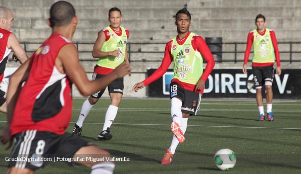 luis_gonzalez_cariaco_entrenamiento_caracas_23082013