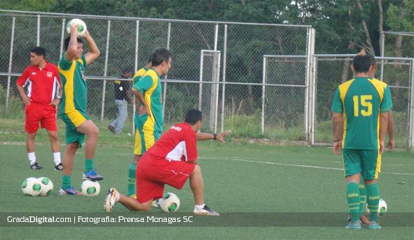 miguel_acosta_entrenamiento_monagas_05082013