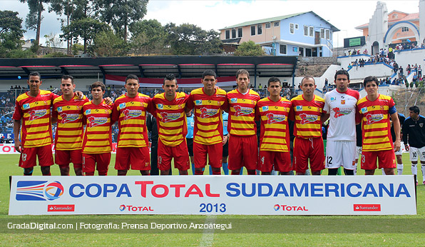 once_anzoategui_sudamericana_independientedelvalle_01082013