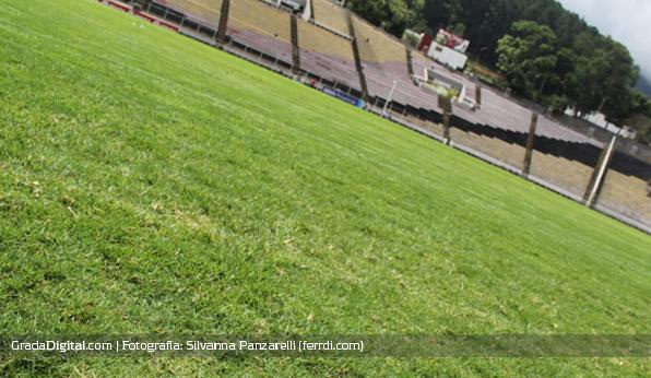 pueblo_nuevo_entrenamiento_venezuela_14082013_3