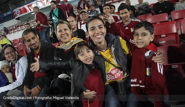 aficionada_venezuela_reconocimiento_santiago_venezuela_05092013