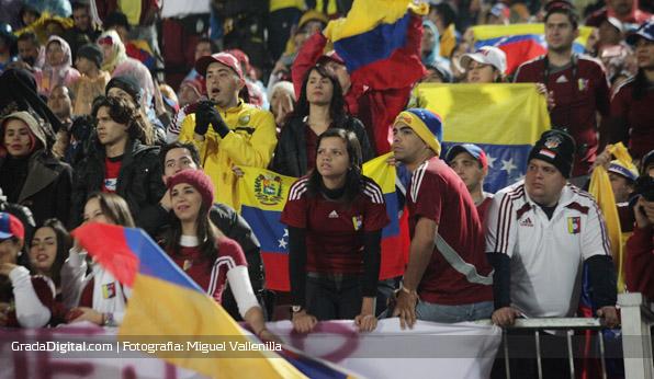 aficionados_chile_venezuela_06092013_2