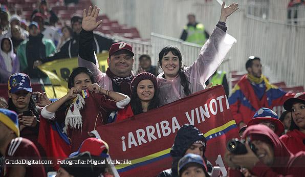 aficionados_chile_venezuela_06092013_6