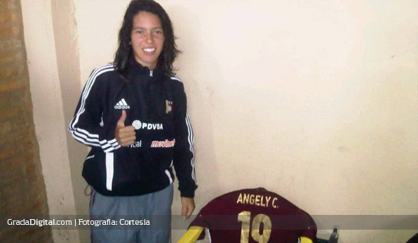 angely_carreno_venezuela_sudamericano_femenino_sub17_30092013