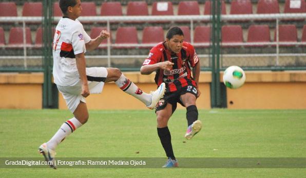 http://gradadigital.com/home/wp-content/uploads/2013/09/deportivo_lara_portuguesa_copa_venezuela_07092013_10.jpg