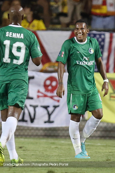 http://gradadigital.com/home/wp-content/uploads/2013/09/diomar_diaz_fort_lauderdale_strikers_new_york_cosmos_21092013.JPG