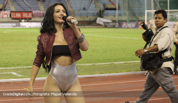 diosa_canales_laguaira_caracas_25092013_5