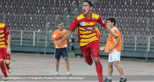 Edwin Aguilar puso el gol para un triunfo infartante