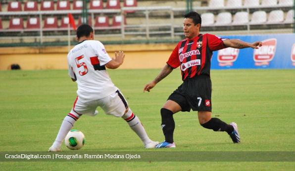 http://gradadigital.com/home/wp-content/uploads/2013/09/jose_buda_torrealba_deportivo_lara_portuguesa_copa_venezuela_07092013_6.jpg