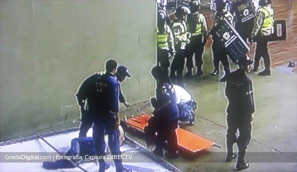 violencia_barras_caracas_tachira_futsal_24092013_2