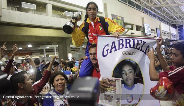 gabriel_garcia_venezuela_llegada_maiquetia_sudamericano_sub17_01102013