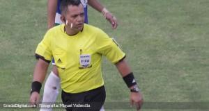 +FOTO | Comienza a utilizarse los auriculares y micrófonos en el arbitraje venezolano