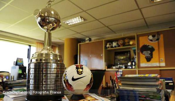 balon_nike_libertadores_2012_25112011_2