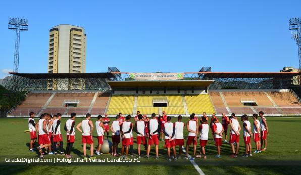 http://gradadigital.com/home/wp-content/uploads/2013/12/carabobo_jugadores_entrenamiento_26122013.jpg