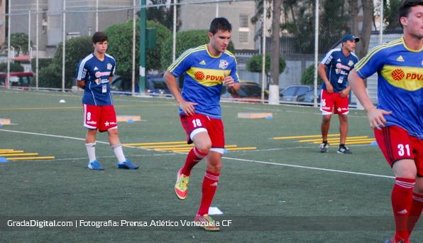 http://gradadigital.com/home/wp-content/uploads/2013/12/daniel_da_silva_atletico_venezuela_entrenamiento_27122013.jpg
