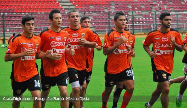 http://gradadigital.com/home/wp-content/uploads/2013/12/entrenamiento_deportivo_lara_19122013_1.jpg