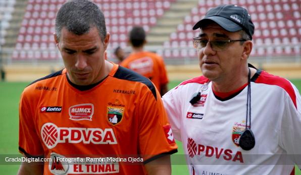 http://gradadigital.com/home/wp-content/uploads/2013/12/jose_manuel_rey_ali_canas_deportivo_lara_19122013.jpg