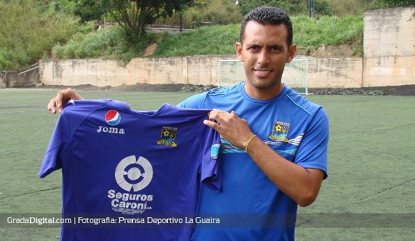 http://gradadigital.com/home/wp-content/uploads/2013/12/lenin_bastidas_director_tecnico_deportivo_laguaira_27122013.jpg