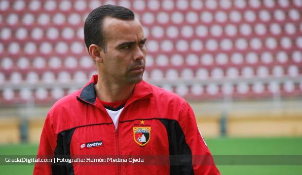 http://gradadigital.com/home/wp-content/uploads/2013/12/rafael_dudamel_deportivo_lara_19122013.jpg