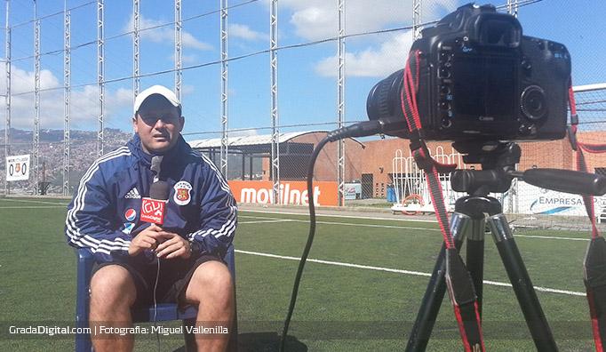 eduardo_sarago_entrenamiento_entrevista_especial_29122013