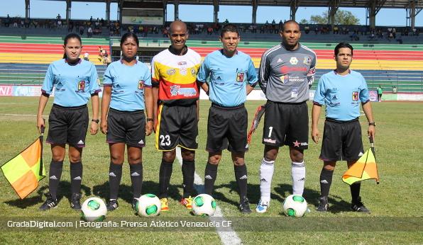 http://gradadigital.com/home/wp-content/uploads/2014/01/pedro_duval_javier_toyo_tucanes_atletico_venezuela_11012014.jpg