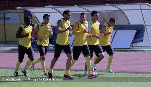 aragua_entrenamiento_11022014