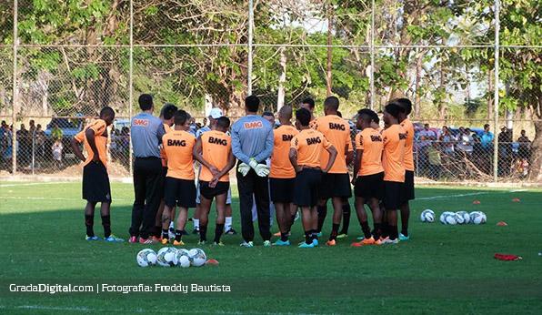 atletico_mineiro_barinas_entrenamiento_09022014_2