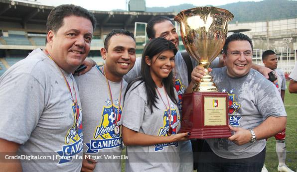 http://gradadigital.com/home/wp-content/uploads/2014/02/atletico_venezuela_atletico_miranda_campeon_12_26052012.jpg