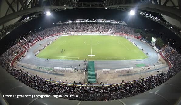 estadio_lacarolina_barinas_zamora_atlmineiro_11022014