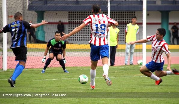 http://gradadigital.com/home/wp-content/uploads/2014/02/estudiantes_merida_mineros_guayana_torneo_clausura_02022014.jpg
