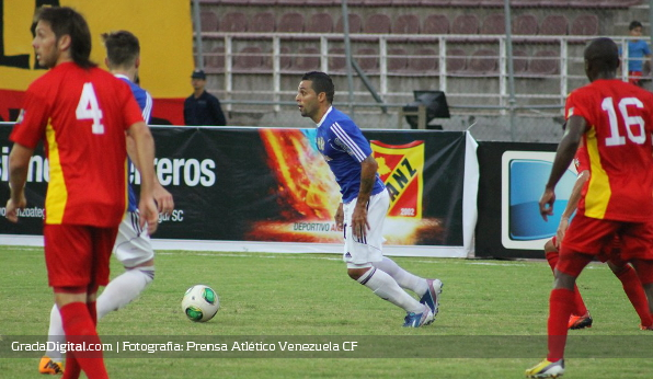 http://gradadigital.com/home/wp-content/uploads/2014/02/hector_gonzalez_deportivo_anzoategui_atletico_venezuela_torneo_clausura_01022014.jpg