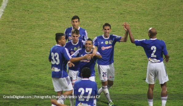 http://gradadigital.com/home/wp-content/uploads/2014/02/hector_gonzalez_deportivo_anzoategui_atletico_venezuela_torneo_clausura_01022014_1.jpg