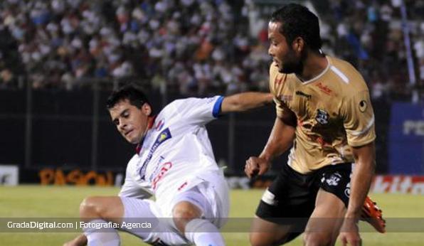 http://gradadigital.com/home/wp-content/uploads/2014/02/juan_falcon_nacional_paraguay_zamora_copa_libertadores_20022014.jpg