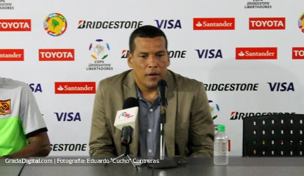 http://gradadigital.com/home/wp-content/uploads/2014/02/juvencio_betancourt_anzoategui_penarol_copa_libertadores_12022014.jpg
