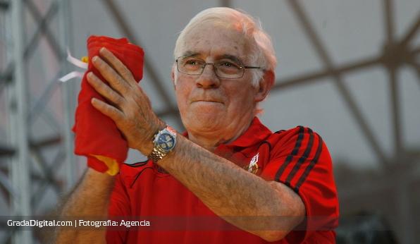 http://gradadigital.com/home/wp-content/uploads/2014/02/luis_aragones_entrenador_espana_01022014.jpg