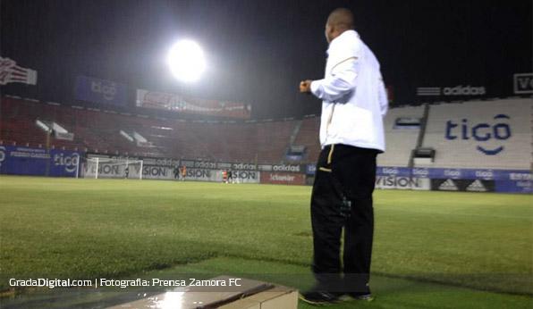 http://gradadigital.com/home/wp-content/uploads/2014/02/noel_sanvicente_defensores_del_chaco_paraguay_entrenamiento_zamora_19022014.jpg